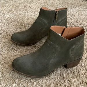 Lucky brand olive booties
